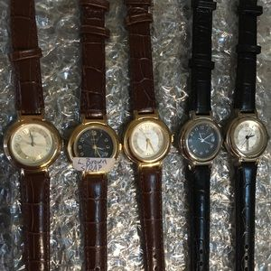 SOLD -LOT OF 5 Guess Watches